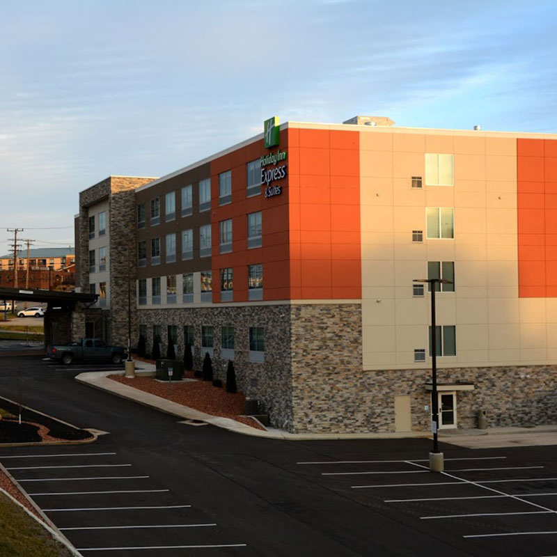 Holiday Inn Express and Suites Monroeville